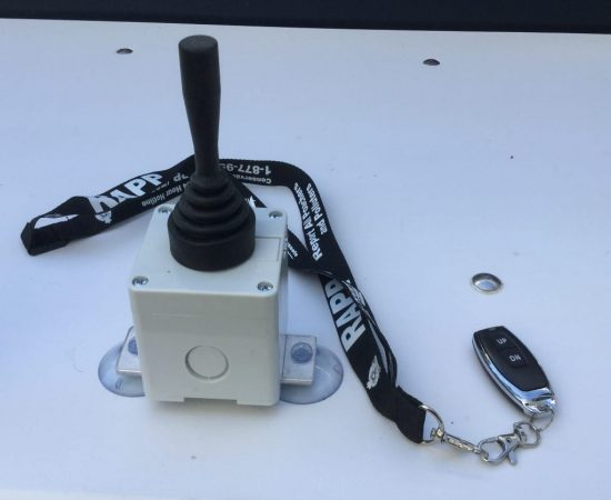 Kicker Lift Remote with control